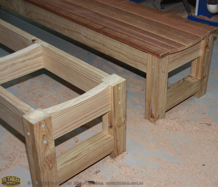 1581324382-Scooped-merbau-wooden-bench-seat-3.jpg