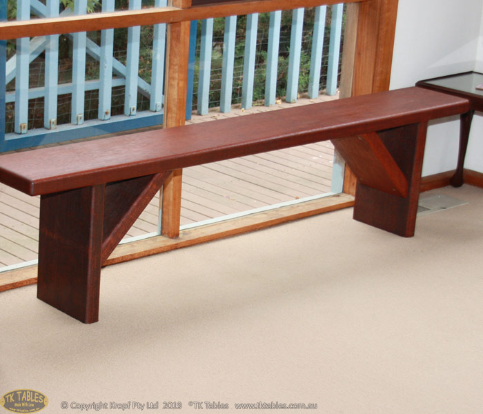 1581325355-Conventional-wooden-bench-seat-2.jpg