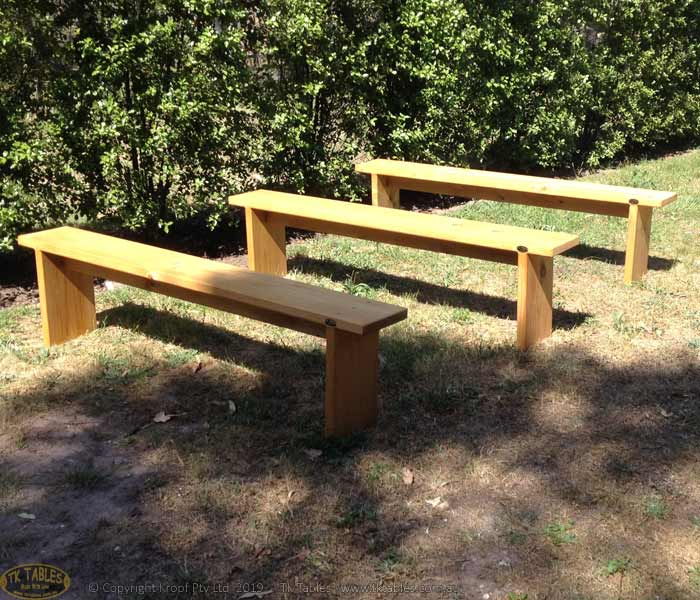 1581325355-Conventional-wooden-bench-seat-3.jpg